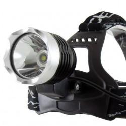 BCLux 10W-os LED fejlámpa, beépített akkuval